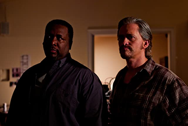 Clifton Collins Jr. and Wendell Pierce in Parker (2013)