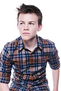 Aktori Josh Wiggins