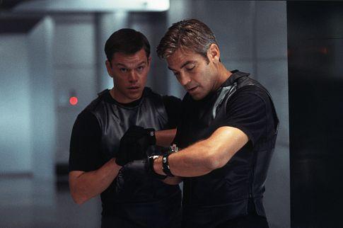 George Clooney and Matt Damon in Ocean's Eleven (2001)