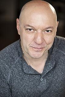 Aktori Tony Calabretta