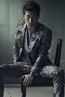 Aktori Shawn Dou
