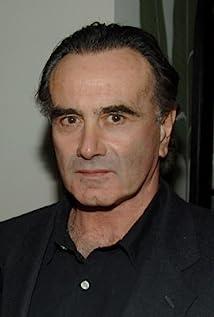 Aktori Dan Hedaya