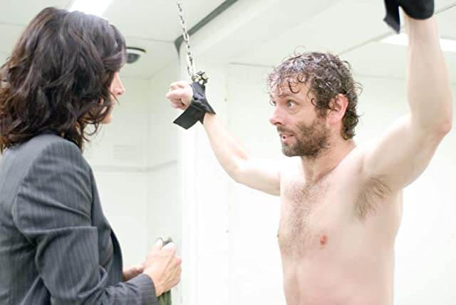 Carrie-Anne Moss and Michael Sheen in Unthinkable (2010)