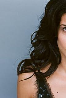 Aktori Yasmine Delawari