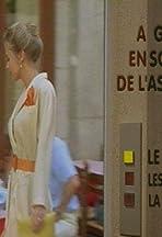 À gauche en sortant de l'ascenseur