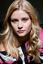 Emilie de Ravin's primary photo