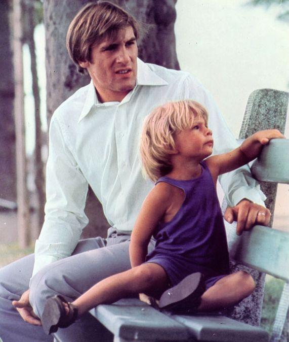 Gérard Depardieu and Guillaume Depardieu in The Wonderful Crook (1975)