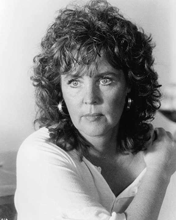 Pauline Collins in Shirley Valentine (1989)