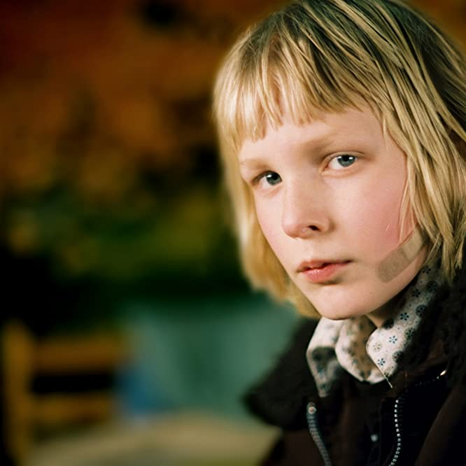 Kåre Hedebrant in Let the Right One In (2008)