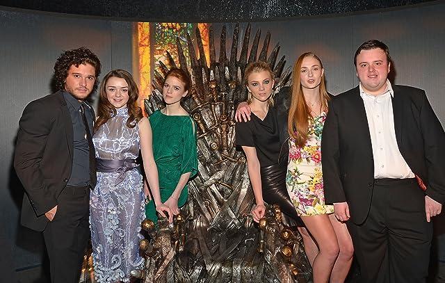 Natalie Dormer, Kit Harington, Rose Leslie, Maisie Williams, Sophie Turner, and John Bradley at an event for Game of Thrones (2011)