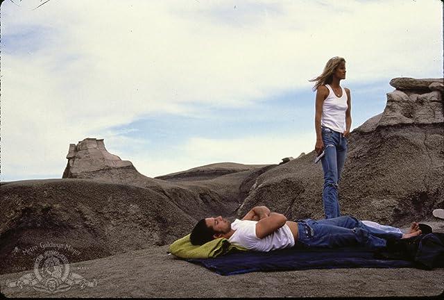 Lori Singer and Adrian Pasdar in Made in U.S.A. (1987)