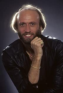 MJ-UPBEAT – Remembering Maurice Gibb 1949 – Jan 12th, 2003