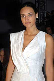 Aktori Débora Nascimento
