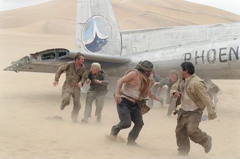 The Mongolian desert and weather wreak havoc on the survivors of a crashed plane, (L - R) Dennis Quaid as Towns, Giovanni Ribisi as Elliott, Kevork Malikyan, Miranda Otto, Scott Michael Campbell, Jacob Vargas, and Hugh Laurie.