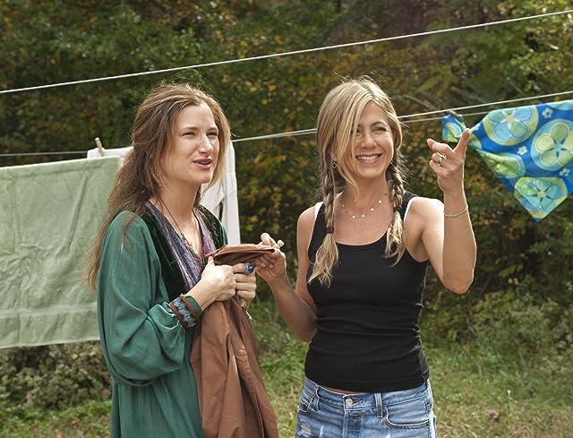 Jennifer Aniston and Kathryn Hahn in Wanderlust (2012)