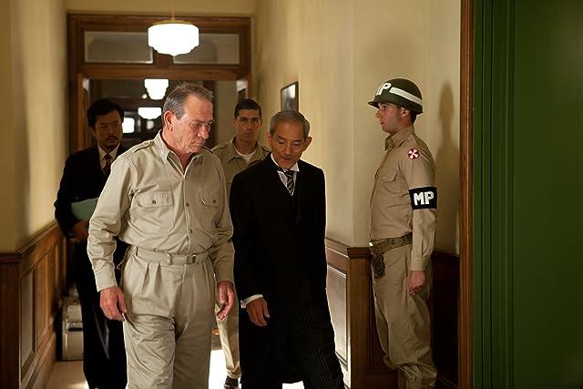 Tommy Lee Jones and Isao Natsuyagi in Emperor (2012)
