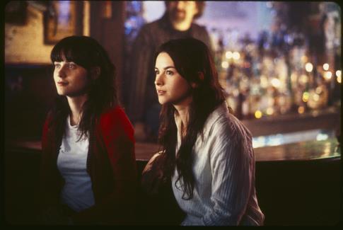 Zooey Deschanel and Amelia Warner in Winter Passing (2005)
