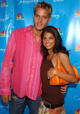 Lindsay Hartley and Justin Hartley at an event for Passions (1999)