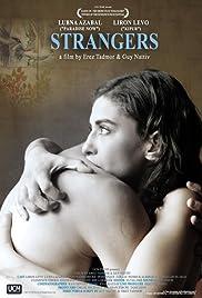 Strangers(2007) Poster - Movie Forum, Cast, Reviews