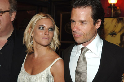 Guy Pearce and Sienna Miller at Factory Girl (2006)