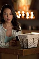 Image of Pretty Little Liars: Mona-Mania