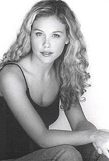 Aktori Amanda Baker