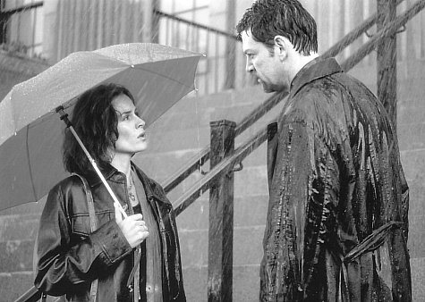 Kenneth Branagh and Embeth Davidtz in The Gingerbread Man (1998)