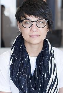 Chloé Robichaud Picture