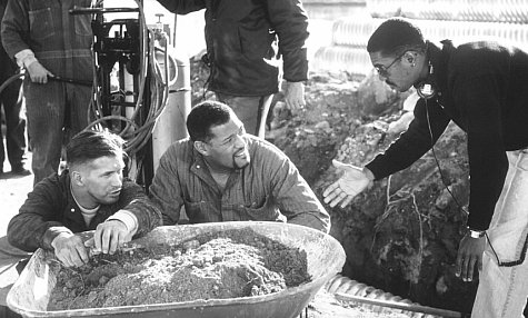 Stephen Baldwin, Laurence Fishburne, and Kevin Hooks in Fled (1996)