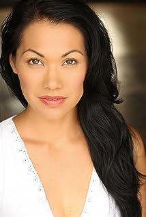 Aktori Nancy Nave