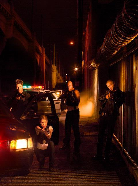 Dylan McDermott, Nicki Aycox, Omari Hardwick, and Logan Marshall-Green in Dark Blue (2009)