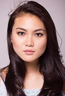 Aktori Sandra Yap