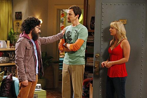 Kaley Cuoco, Johnny Galecki, and Jim Parsons in The Big Bang Theory (2007)