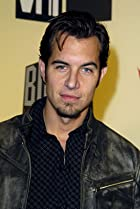 Image of Nick Hexum