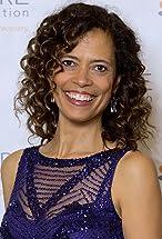 Erica Gimpel's primary photo
