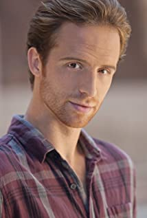 Aktori Adam Hurtig
