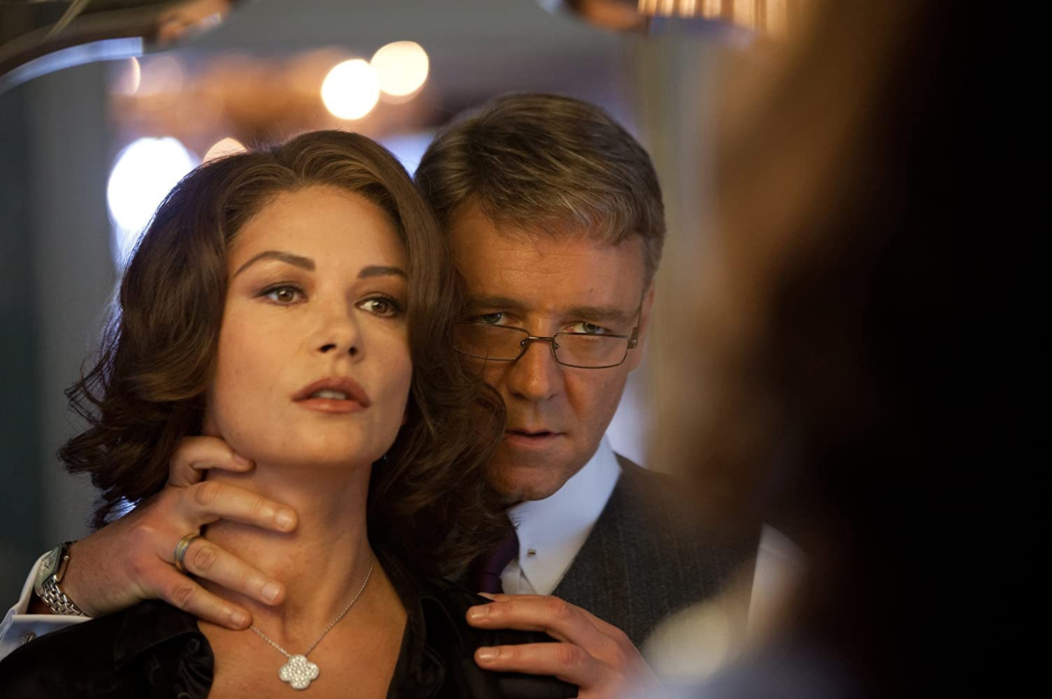 Russell Crowe and Catherine Zeta-Jones in Broken City (2013)