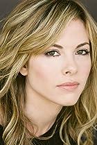Image of Julie Mond