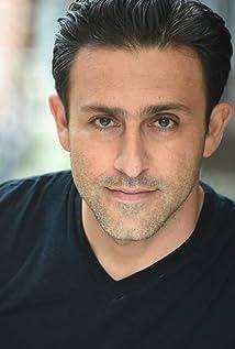 Aktori Arash Mokhtar
