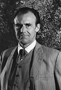 Richard Bull Picture