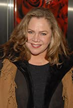 Kathleen Turner's primary photo