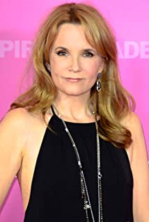 Lea Thompson Latest Photos - CelebMafia