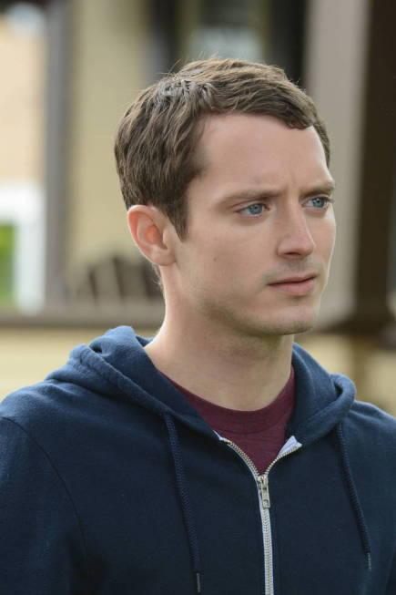Elijah Wood in Wilfred (2011)