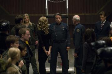 Edward James Olmos, Jamie Bamber, Michael Hogan, Katee Sackhoff, and Kate Vernon in Battlestar Galactica (2004)