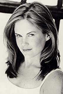 Jennifer Hall Picture