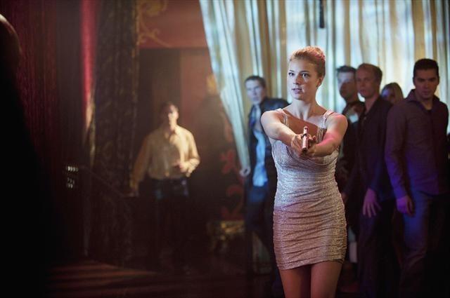 Emily VanCamp in Revenge (2011)