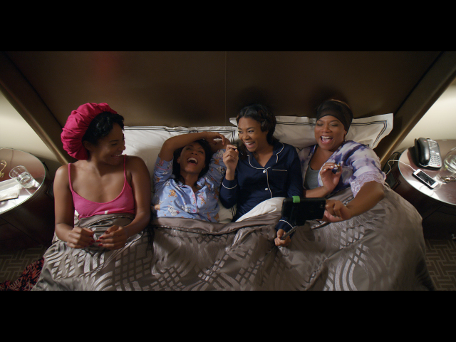 Trailer 2 from girls trip 2017 for 1 2 3 4 all the ladies on the floor