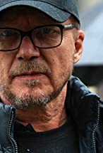 Paul Haggis's primary photo