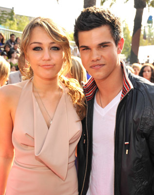 Taylor Lautner and Miley Cyrus