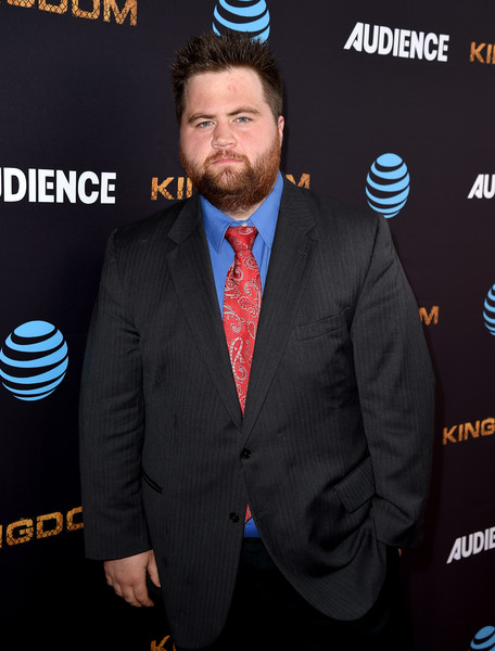 paul walter hauser wikipedia